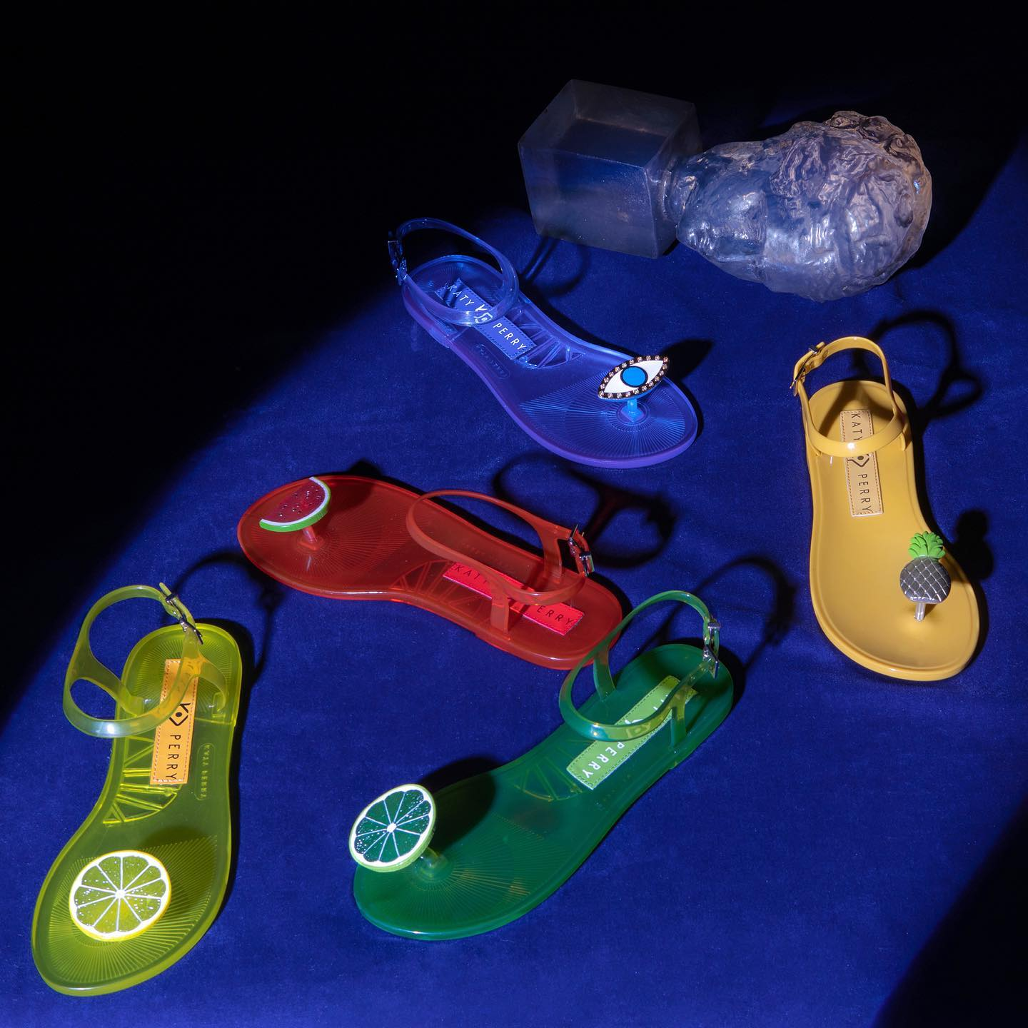 Katy Perry chanclas