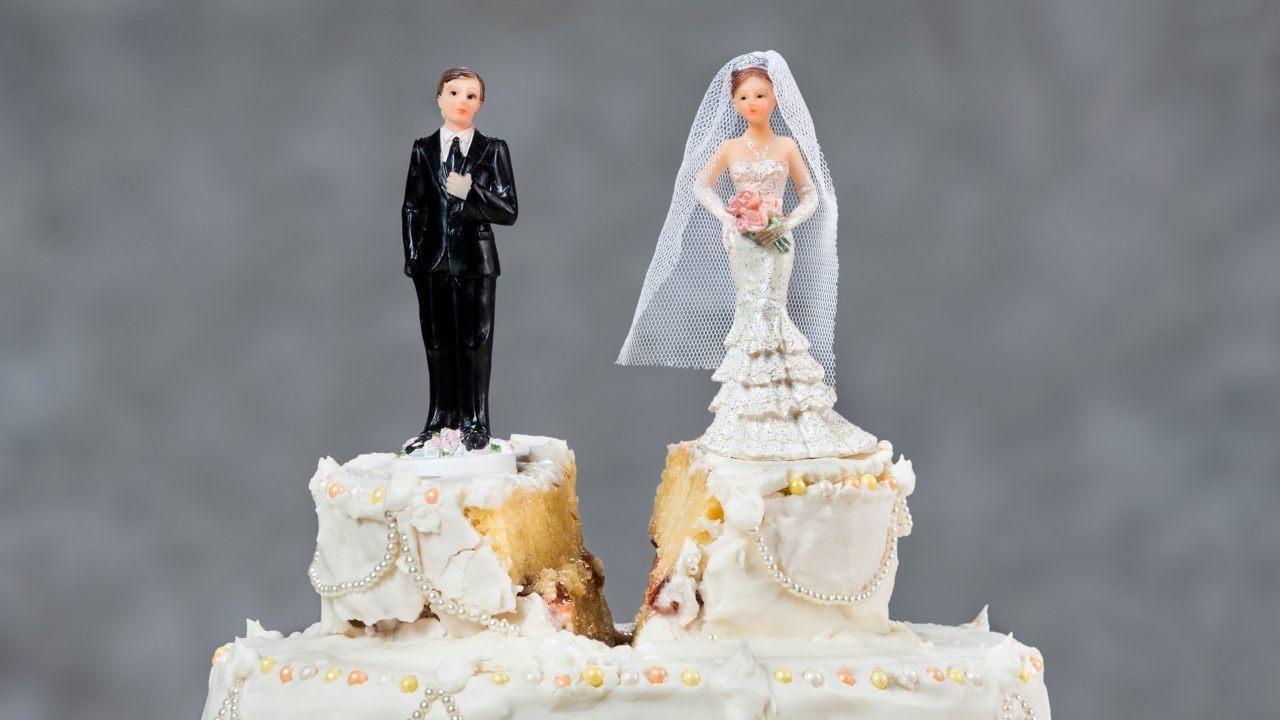 Mujer demanda a su novio tras no querer casarse