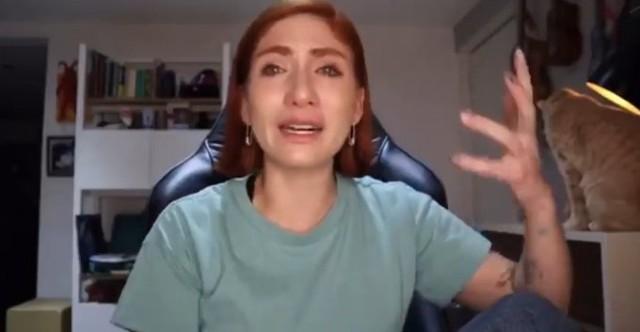Nath campos llorando por el abuso que sufrió de rix