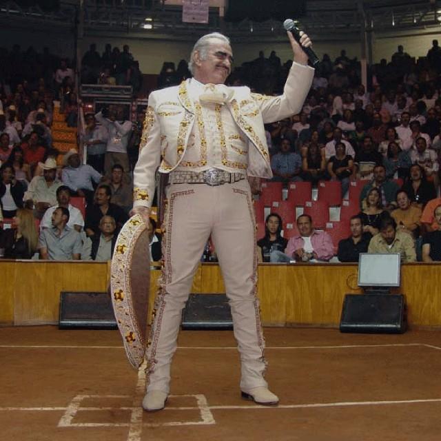 Foto vicente fernández en concierto