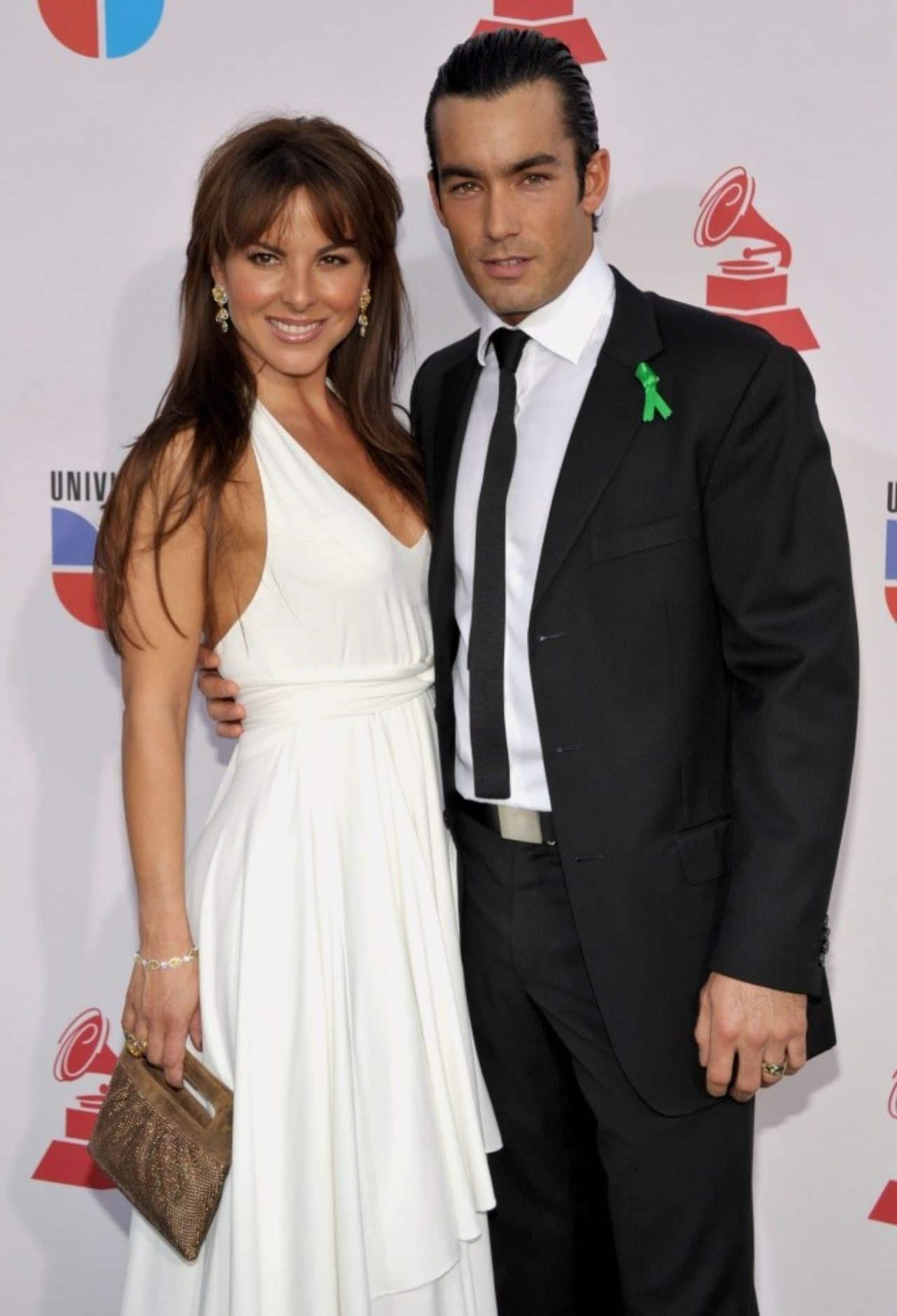 Kate del Castillo y Aaron Díaz pareja