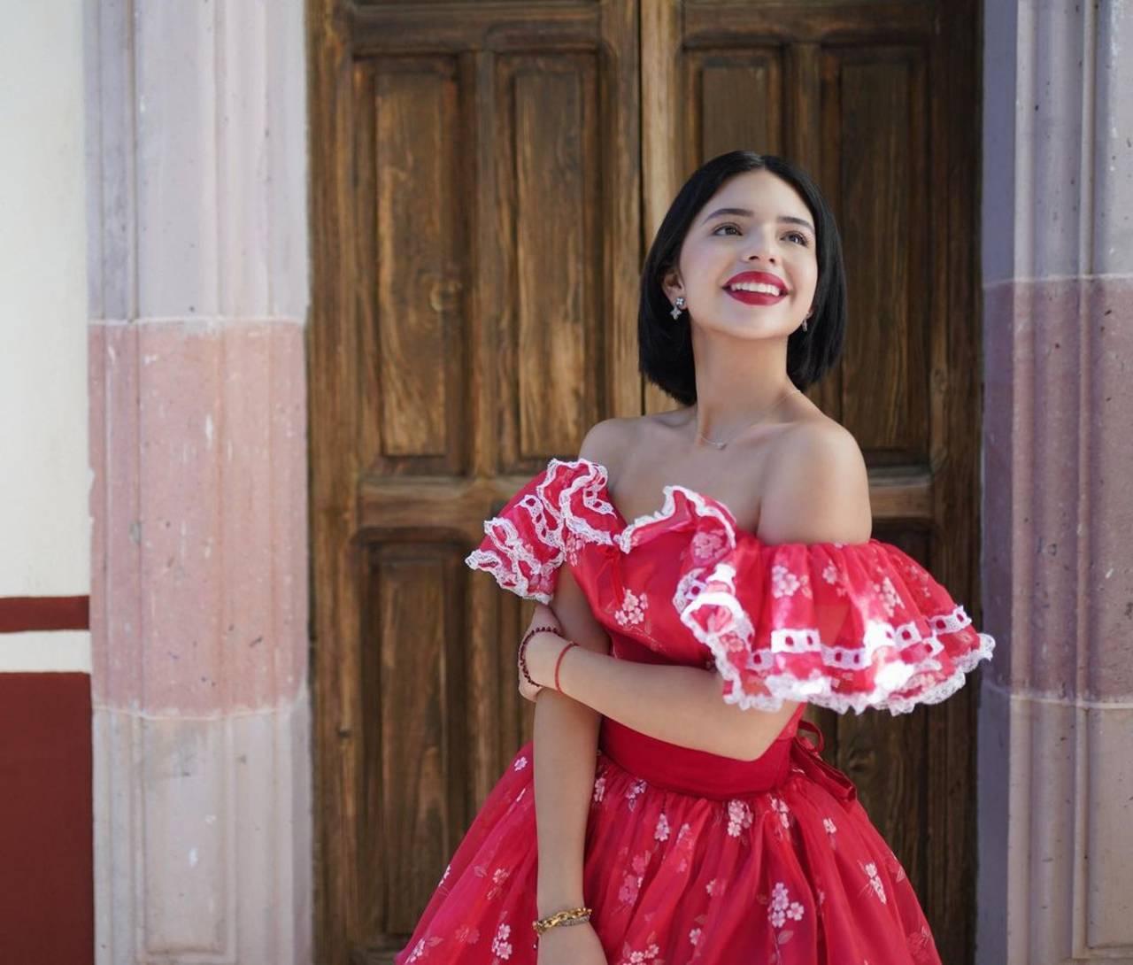 Ángela Aguilar le dan asquito personas infieles