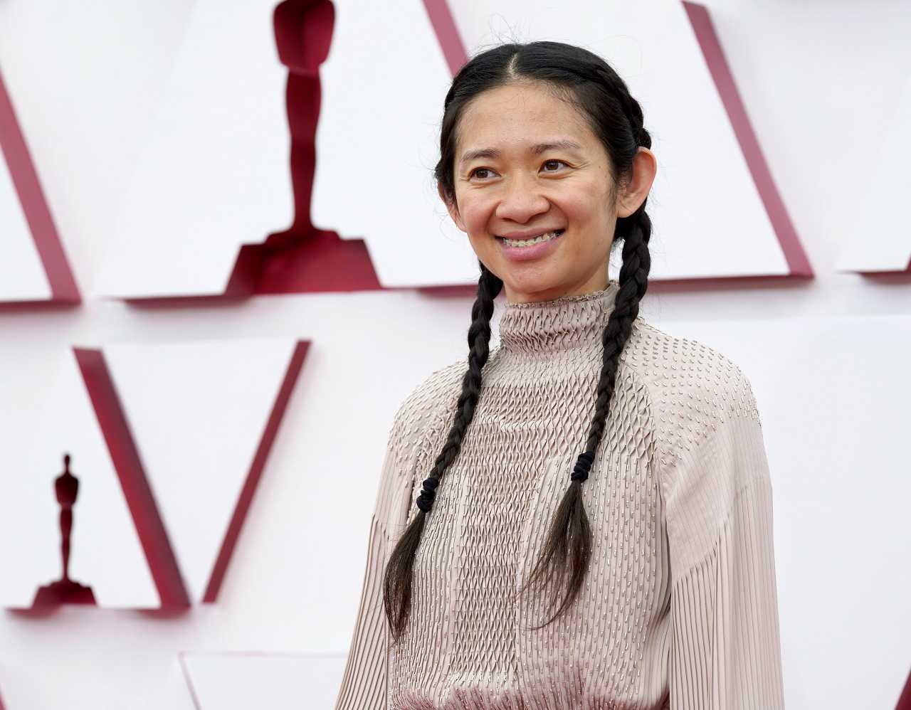 Chloé Zhao oscars 2021