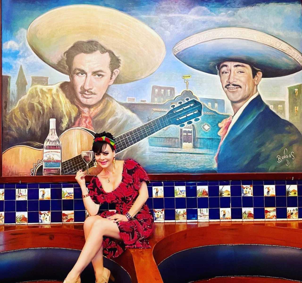 Maribel Guardia en el Salón Tenampa de Garibaldi