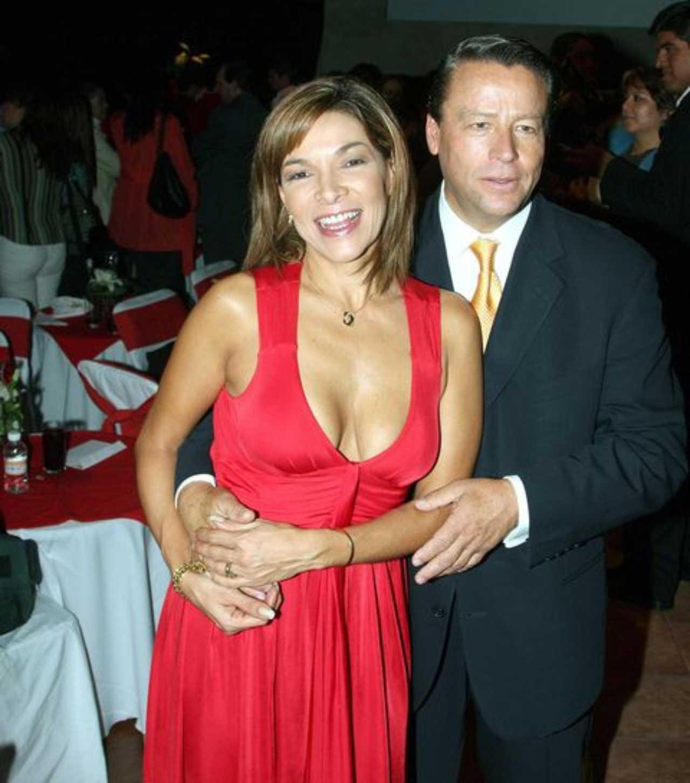 Marypaz, hermana de Rocío Banquells, con Alfredo Adame