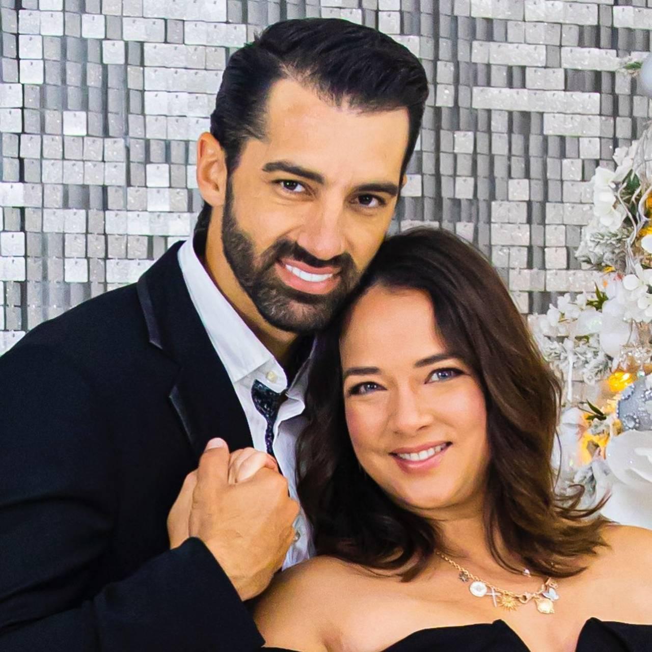 Adamari López anuncia que se separa de Toni Costa