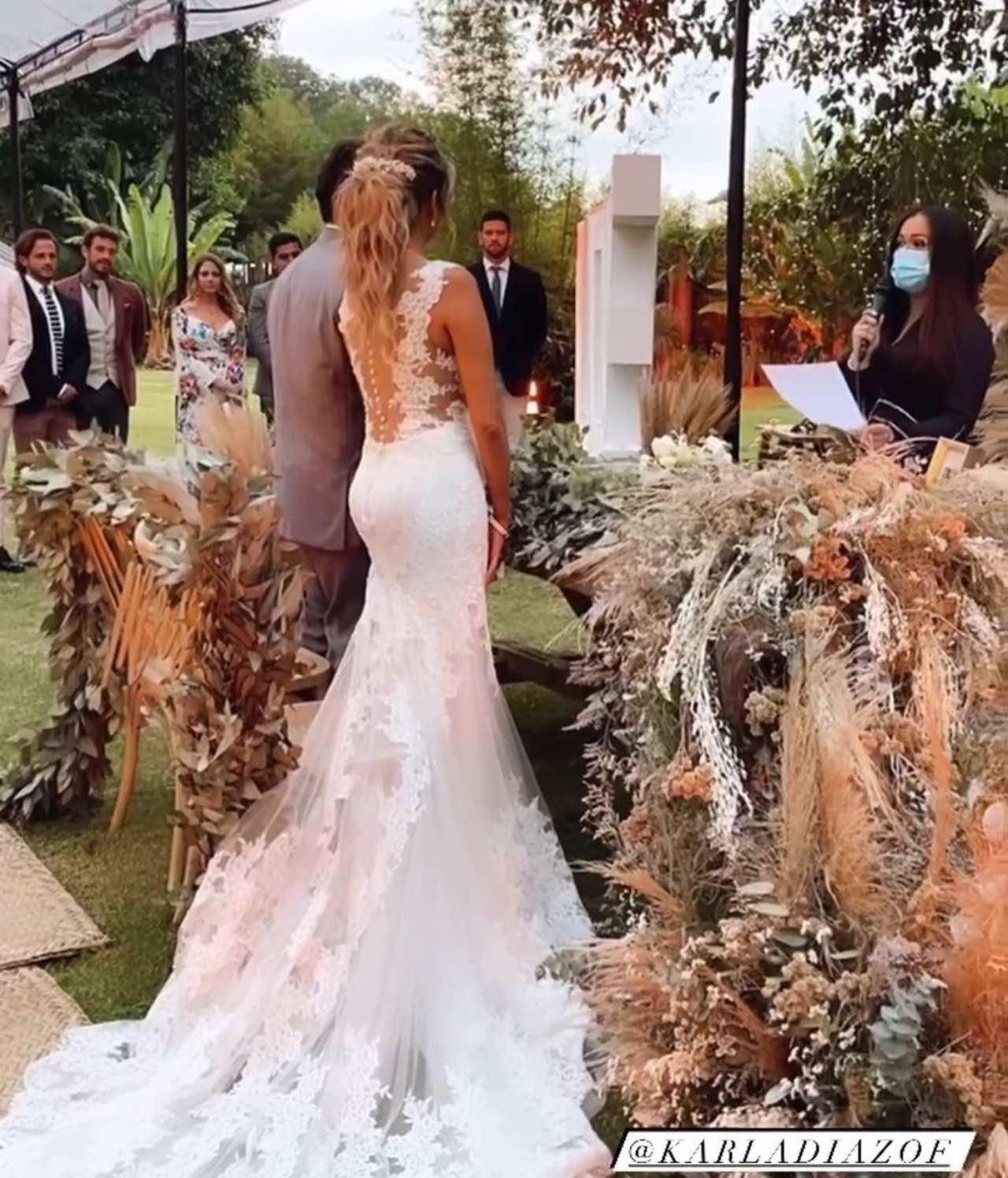 Karla Díaz y Daniel Dayz boda