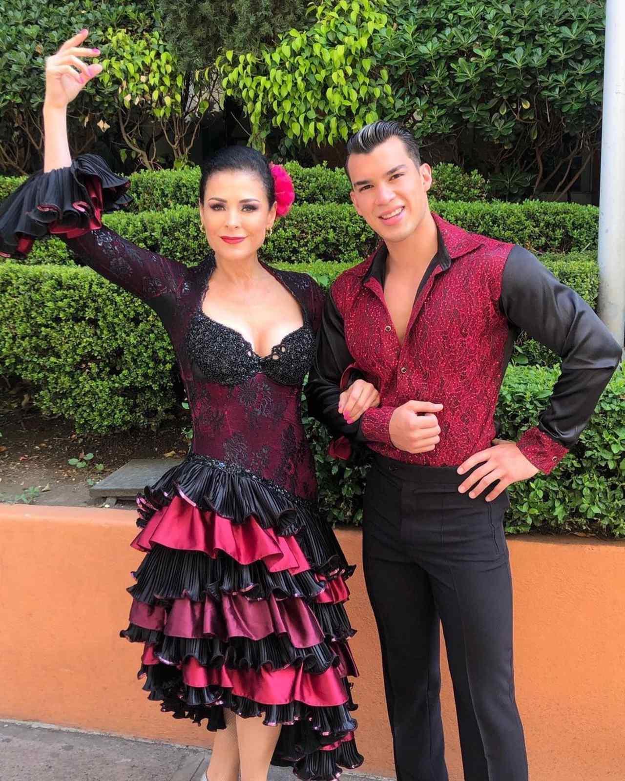 Lourdes Munguía Brandon Castañeda son novios