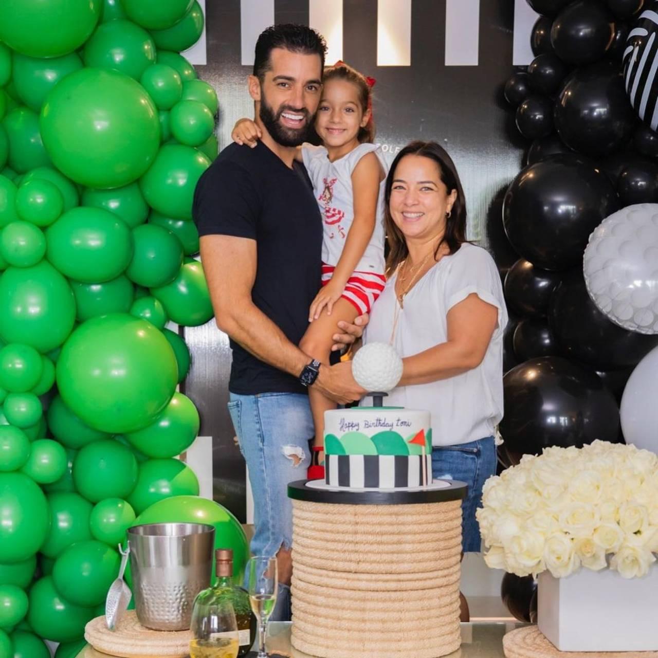 Adamari López y Toni Costa terapia de pareja religiosa