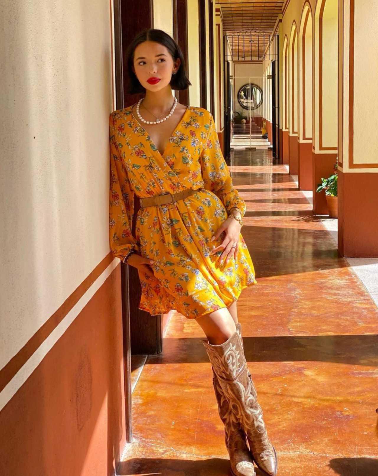 Angela Aguilar en su lujosa mansión