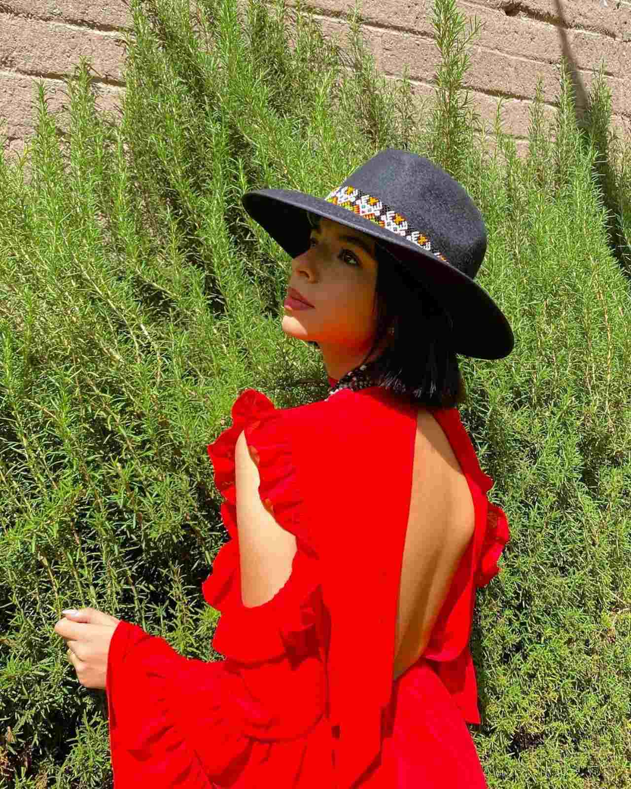 Angela Aguilar desata rumores ya se caso