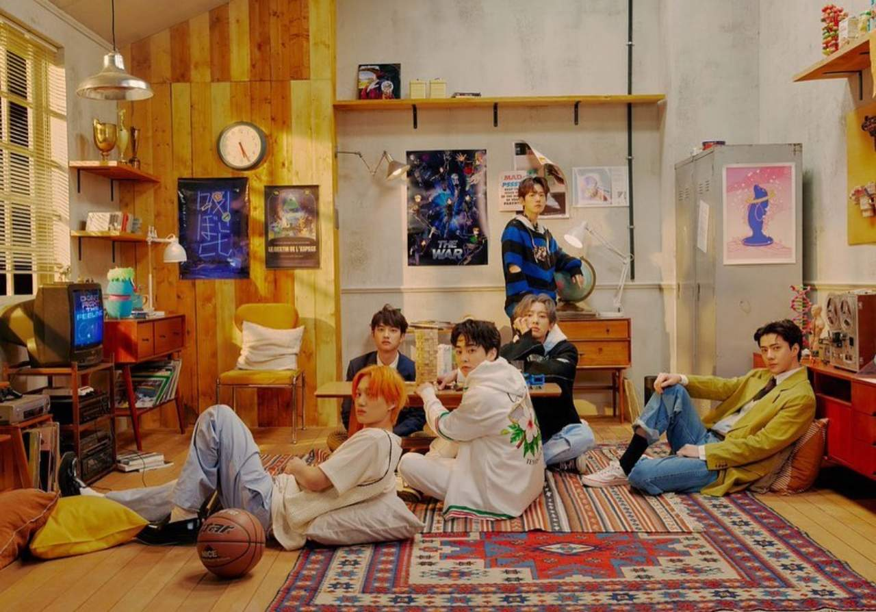 Dont Fight The Feeling EXO album