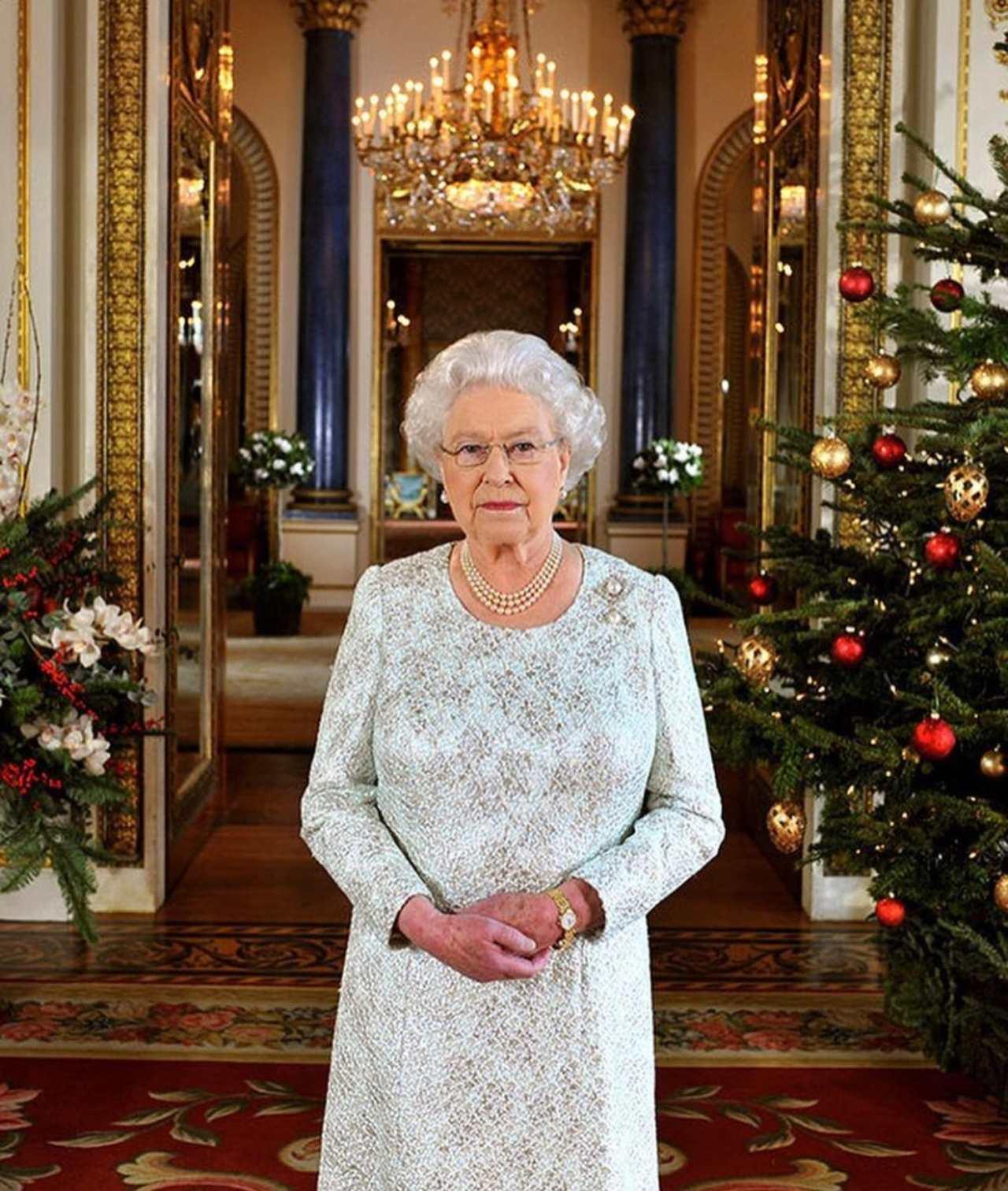 Reina Isabel invita a Harry a Windsor