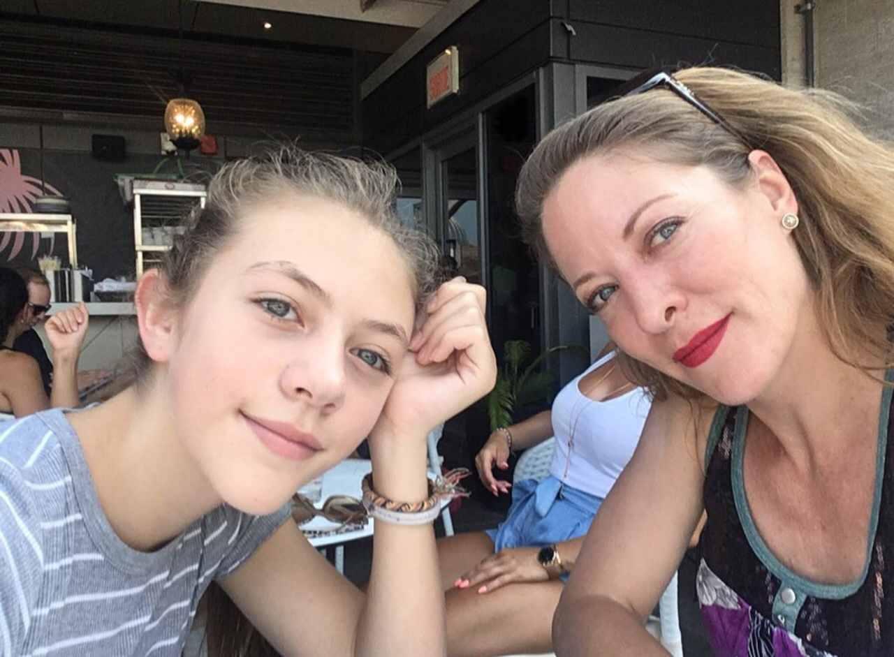 Andrea Noli y su hija