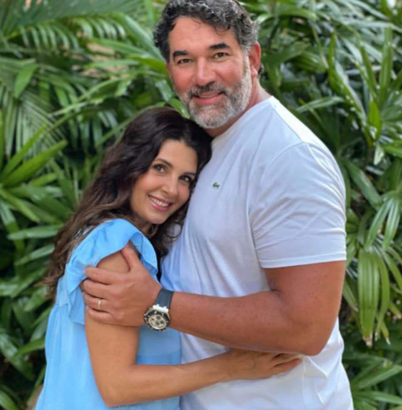 Eduardo Santamarina y Mairin Villanueva