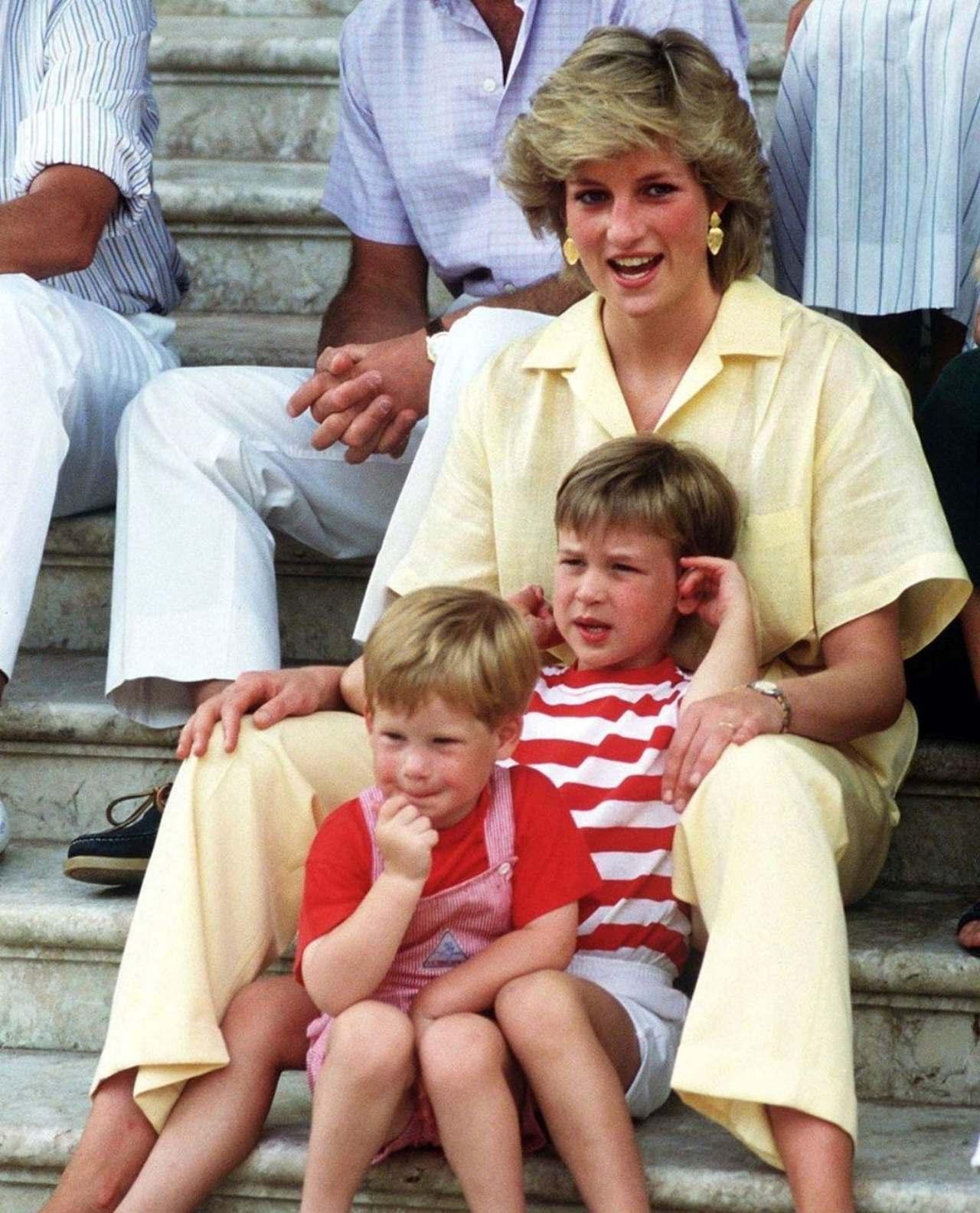 Lady di hijos William y Harry