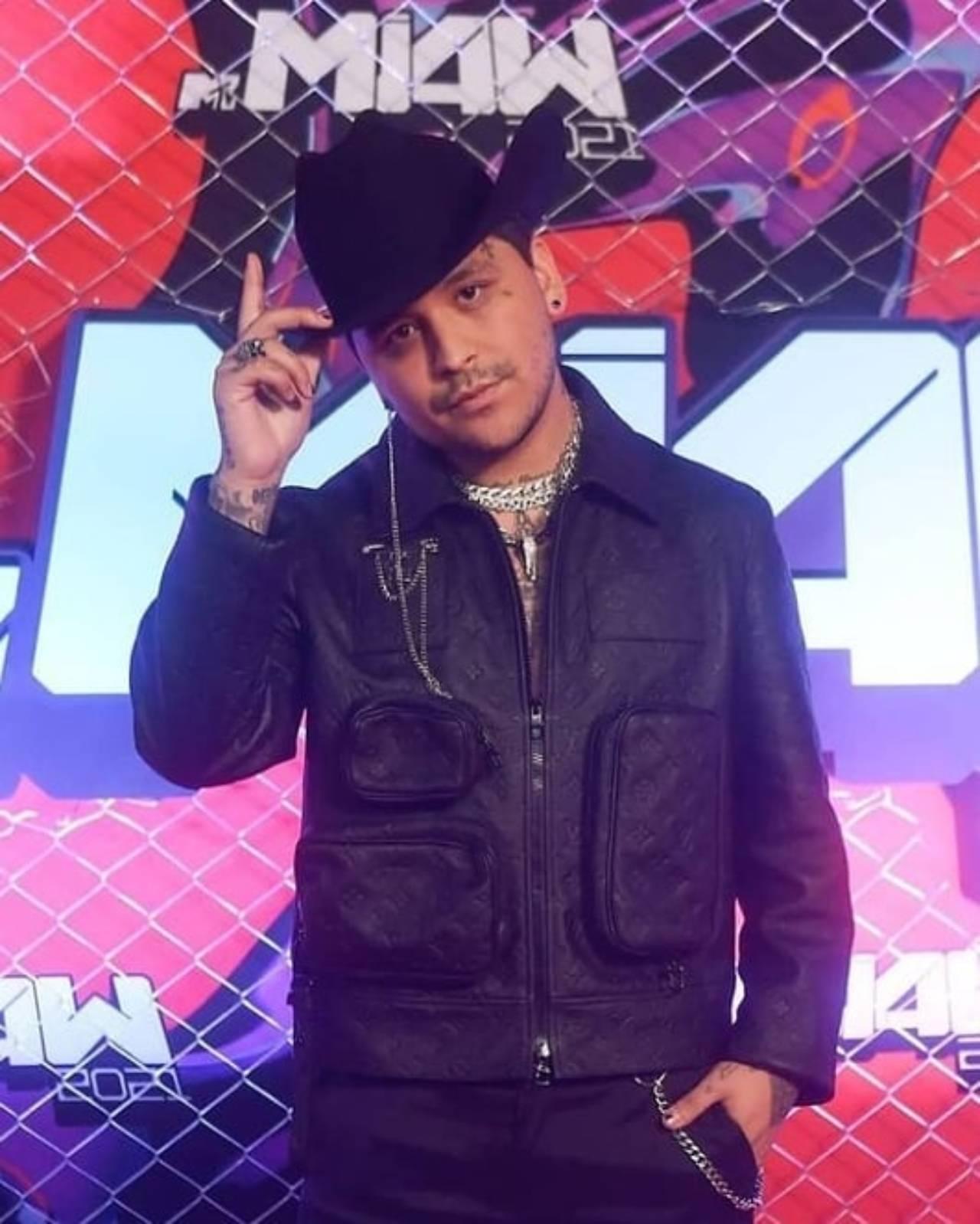 Christian Nodal en los MTV MIAW