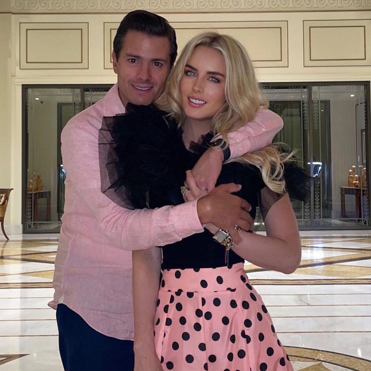 Pena Nieto reaparece con novia Tania