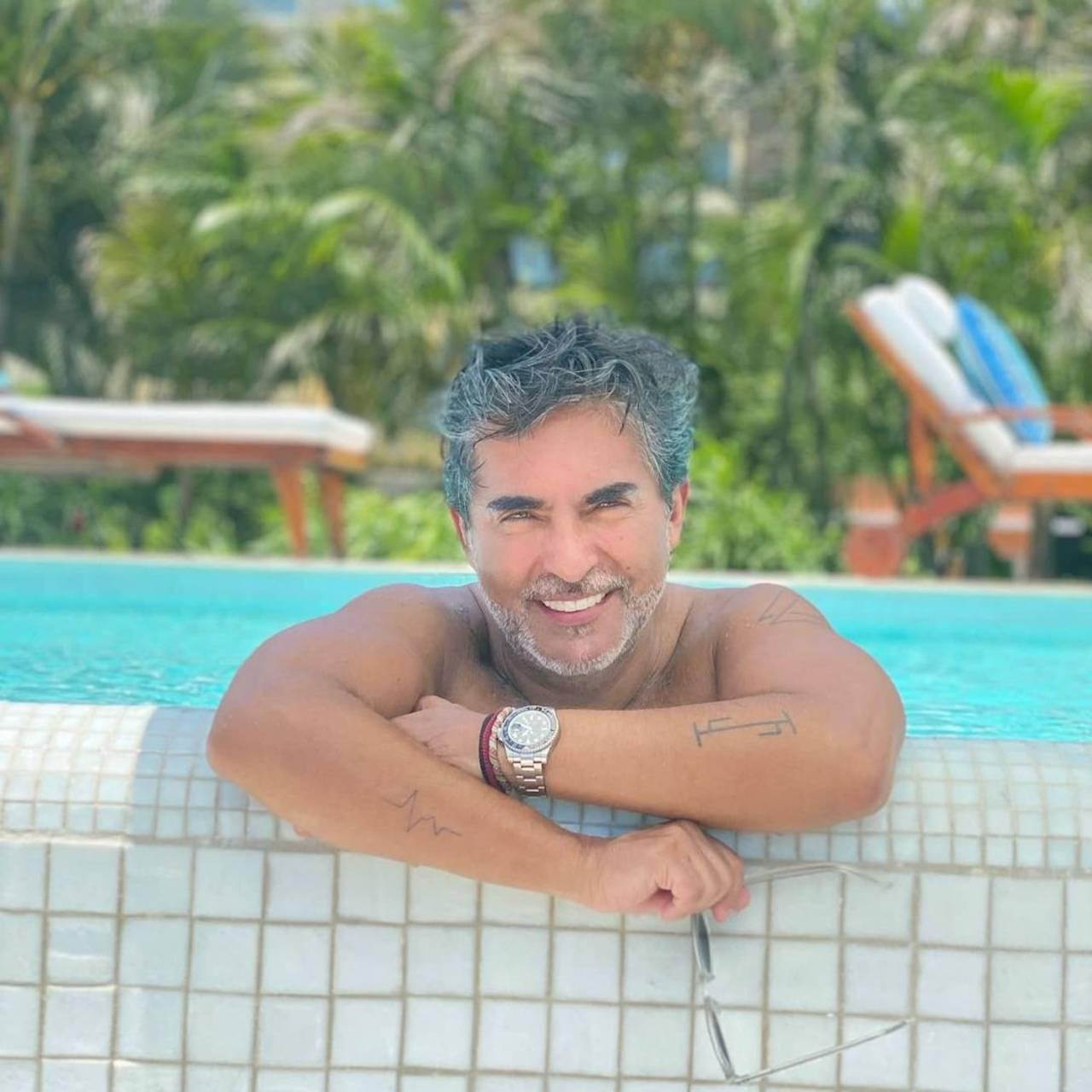 Raúl Araiza ya tiene nueva novia y es 20 años menor