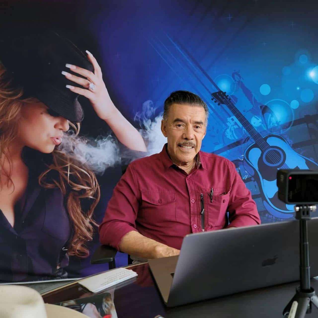 Papa de Jenni Rivera convierte reggaetonero