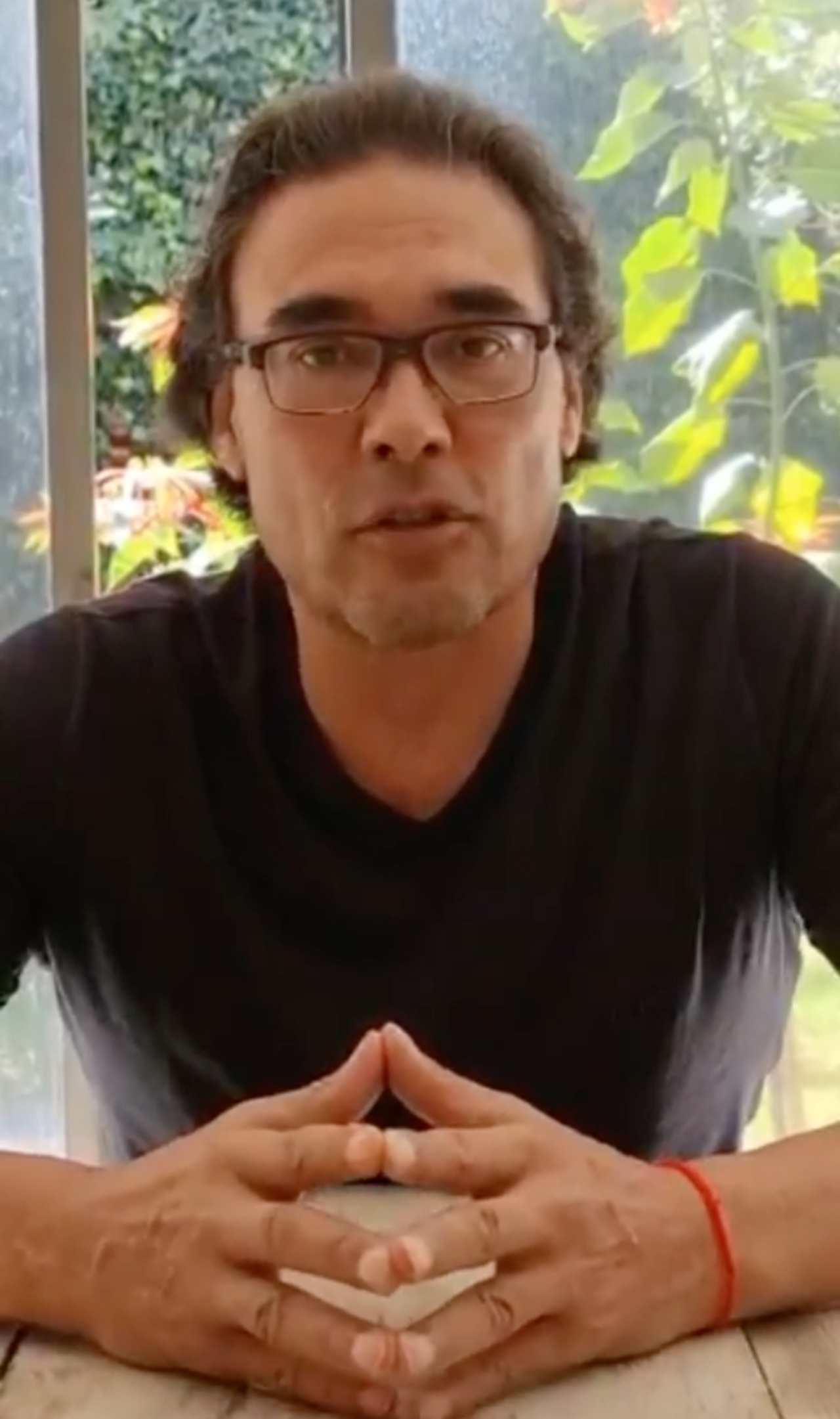 Eduardo Yáñez cierra su tienda de overoles