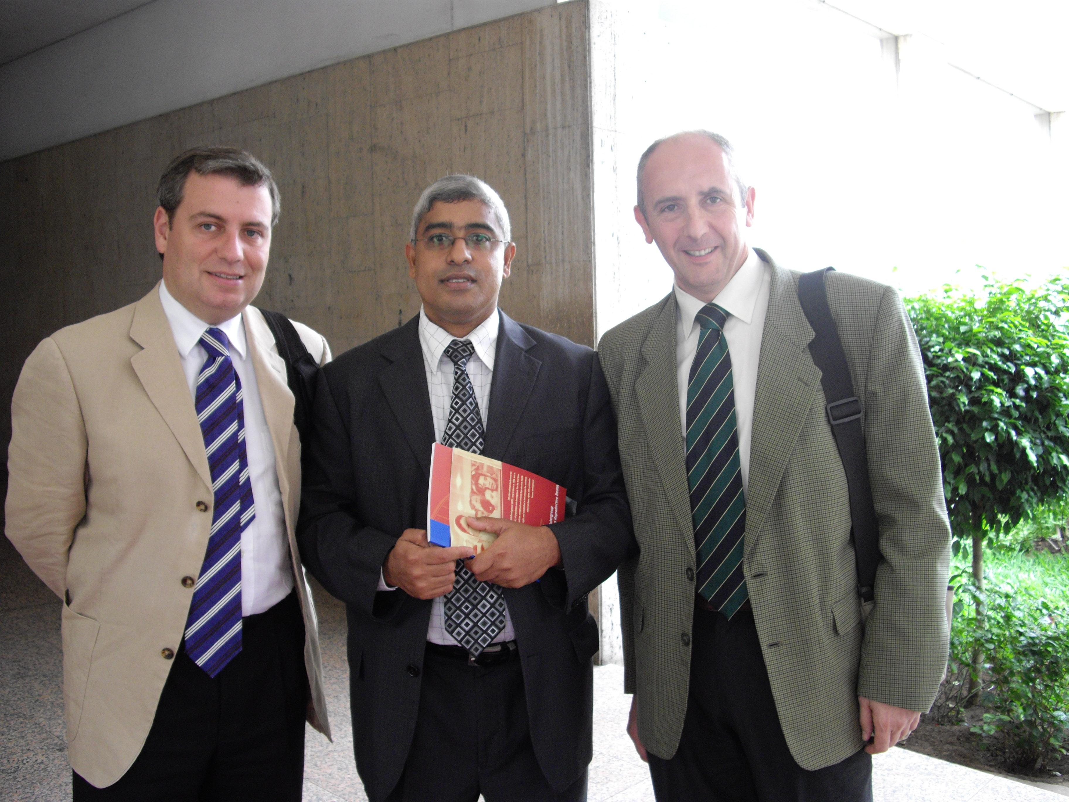 Con Jordi Xucla, diputado de CiU e Ismael Mussa, diputado de la RENAMO