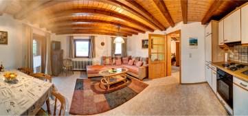 Ferienwohnung Kandelblick - Wohn- und Esszimmer