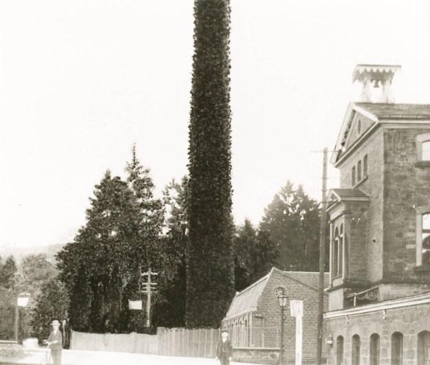 Ermen & Engels, Verwaltungsgebäude mit Glockentürmchen, um 1909