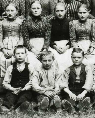 Kinder und Jugendliche bei Ermen & Engels, 1893