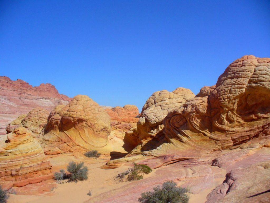 Dintorni di The Wave: formazioni rocciose