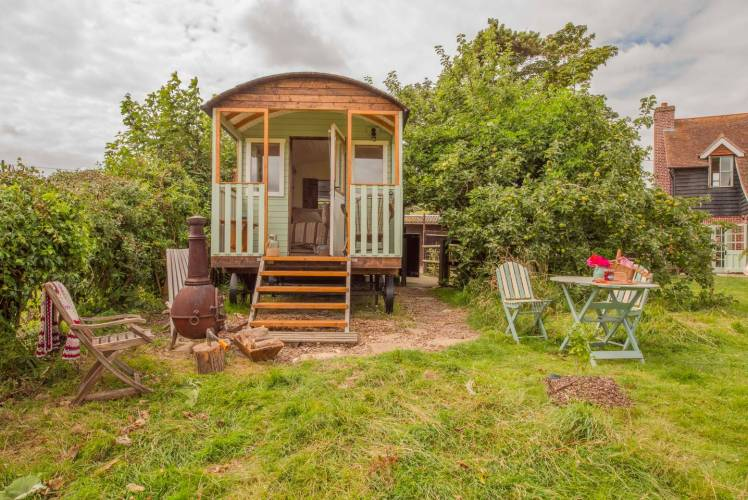 Glamping hut in Iford