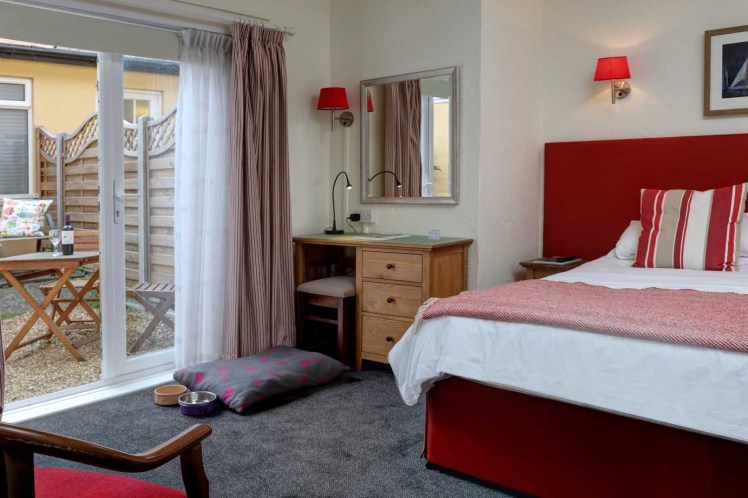 Pet-friendly Courtyard room at The Beachcroft Hotel, Felpham