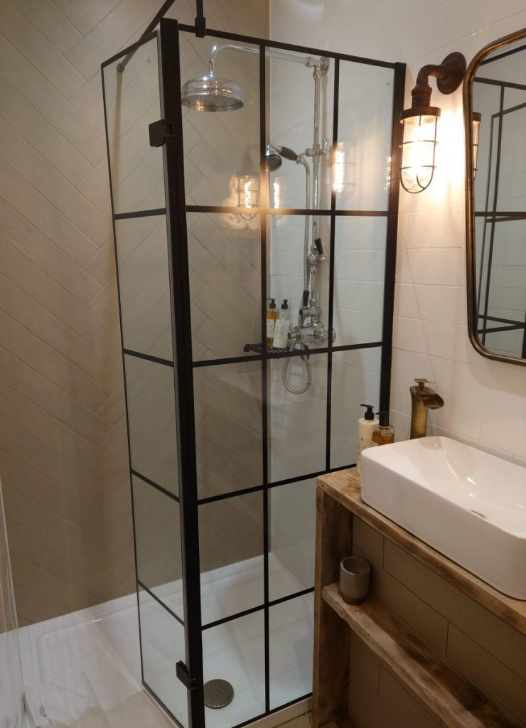 Shower room at The Lodge, Duxford