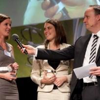 Gewinner Kerstin Bund (Zeit, links), Carola Sonnetn (rechts)