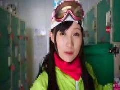 素人ナンパハメ撮り美少女顔射ちっぱいタイ少女旅行ハメスタイル激カワ素人 卒業旅行でスキー場に来ていたちっぱい激カワ美少女をナンパしてネコ耳スタイルでがっつりハメ撮り顔射20 分超