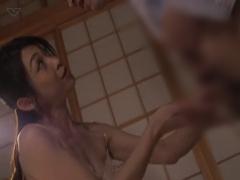 久保今日子乳首母淫語お母さん彼女彼女のアナタもぉ~乳首やチンコいじられたいんじゃないのぉ~  彼女のお母さんにスケベな淫語をささやかれ食べられてしまう02:25