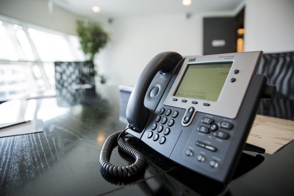Conoscere l'ultimo numero che ha chiamato sul telefono fisso e cellulare