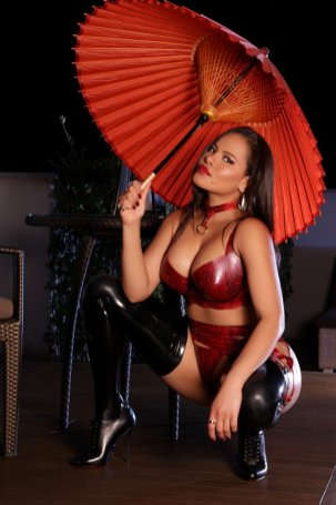 annita-queen-of-anal-brazilian-escort-in-muscat-956694_original