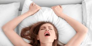 Mænd giver kvinder oralsex og orgasme i frygt for utroskab
