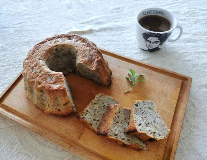 Recipe: Banana bread with sage and olive oil