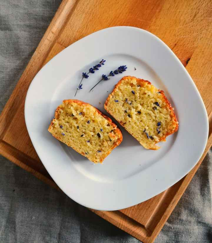 Recipe: Lavender white chocolate loaf cake