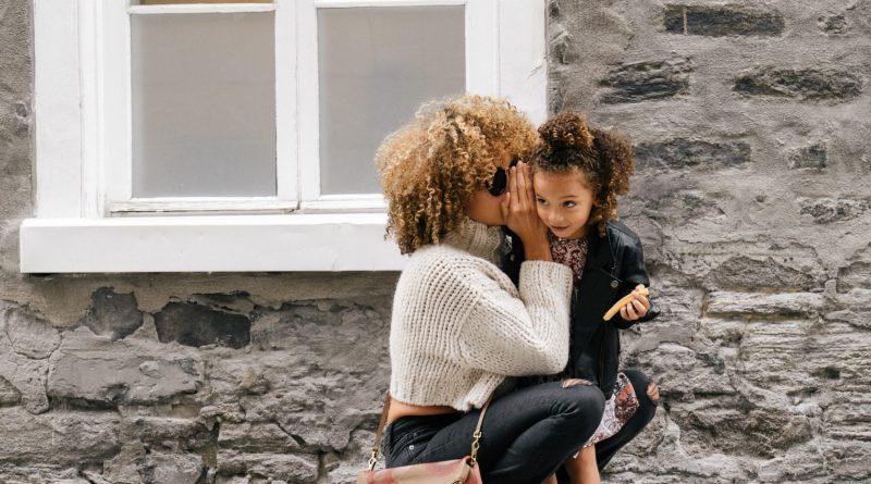 Should Parents Admit Having a Favorite Child? Image by London Scout
