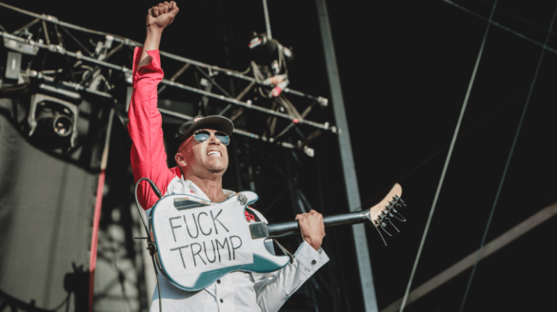 Prophets Of Rage on fire !