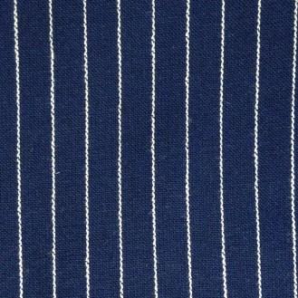 dunkelblaue Webware mit Nadelstreifen aus unbekannter Mischung - wahrscheinlich Baumwolle/Poly