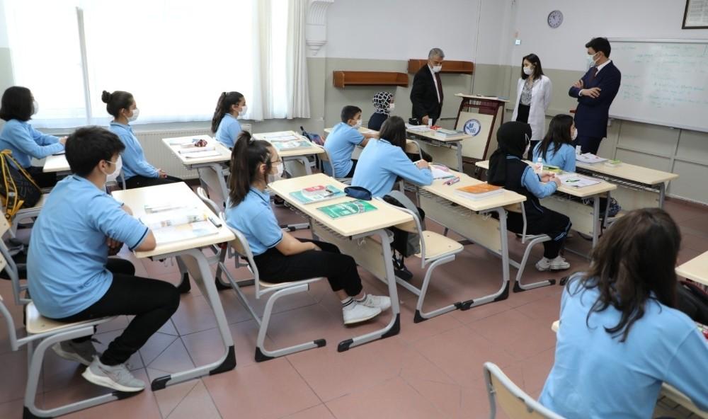 Erzincan'da HES kodu sorgusu yapılmadan okul ve pansiyonlara girilemeyecek