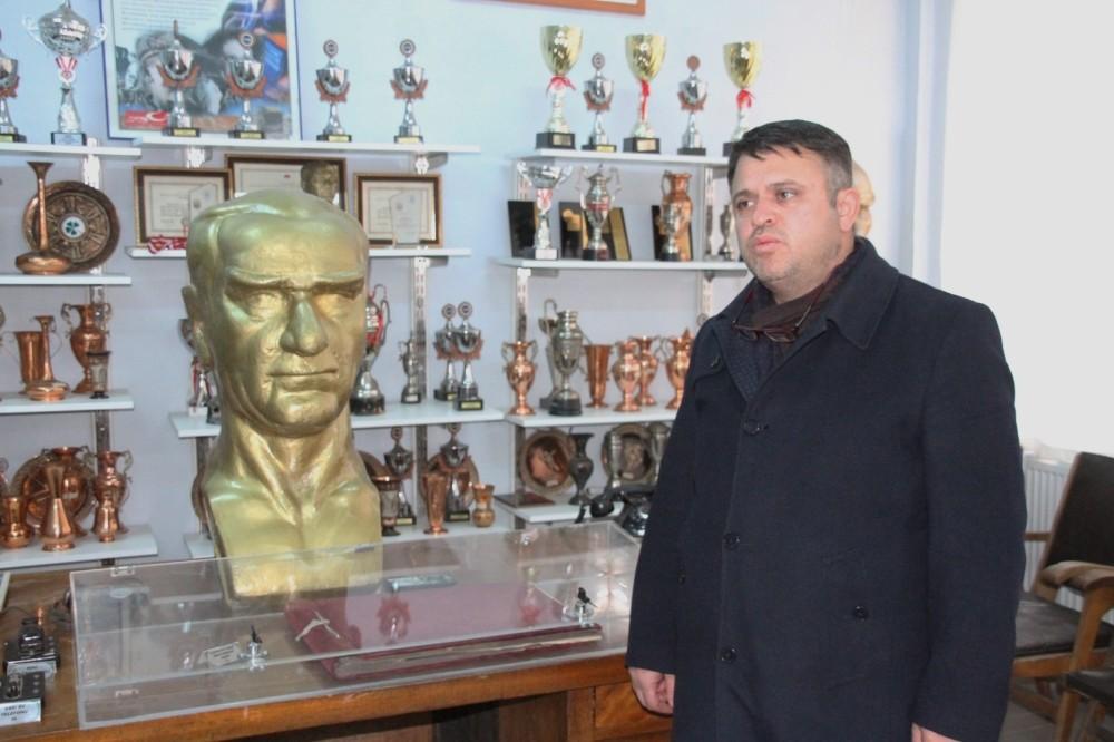 Erzincan Lisesi'nde bulunan müze tarihe ışık tutuyor
