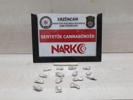 Erzincan'da uyuşturucu satıcısı 3 kişi tutuklandı