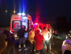Erzincan'da trafik kazası: 3 yaralı