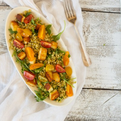 Freekeh halloumi tomaten salade