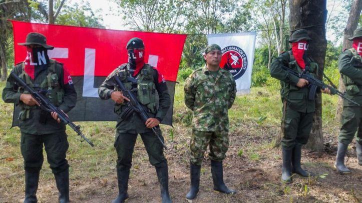 Grupo guerrillero ELN comanda a la Guardia Nacional de Maduro en ...